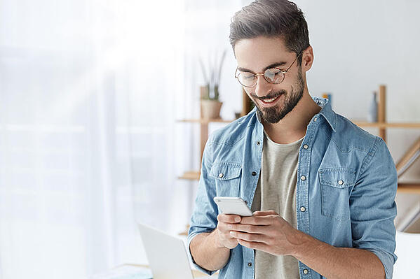 telephone-smartphone-connecte