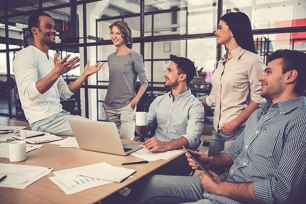 travail-equipe-marketing-sales