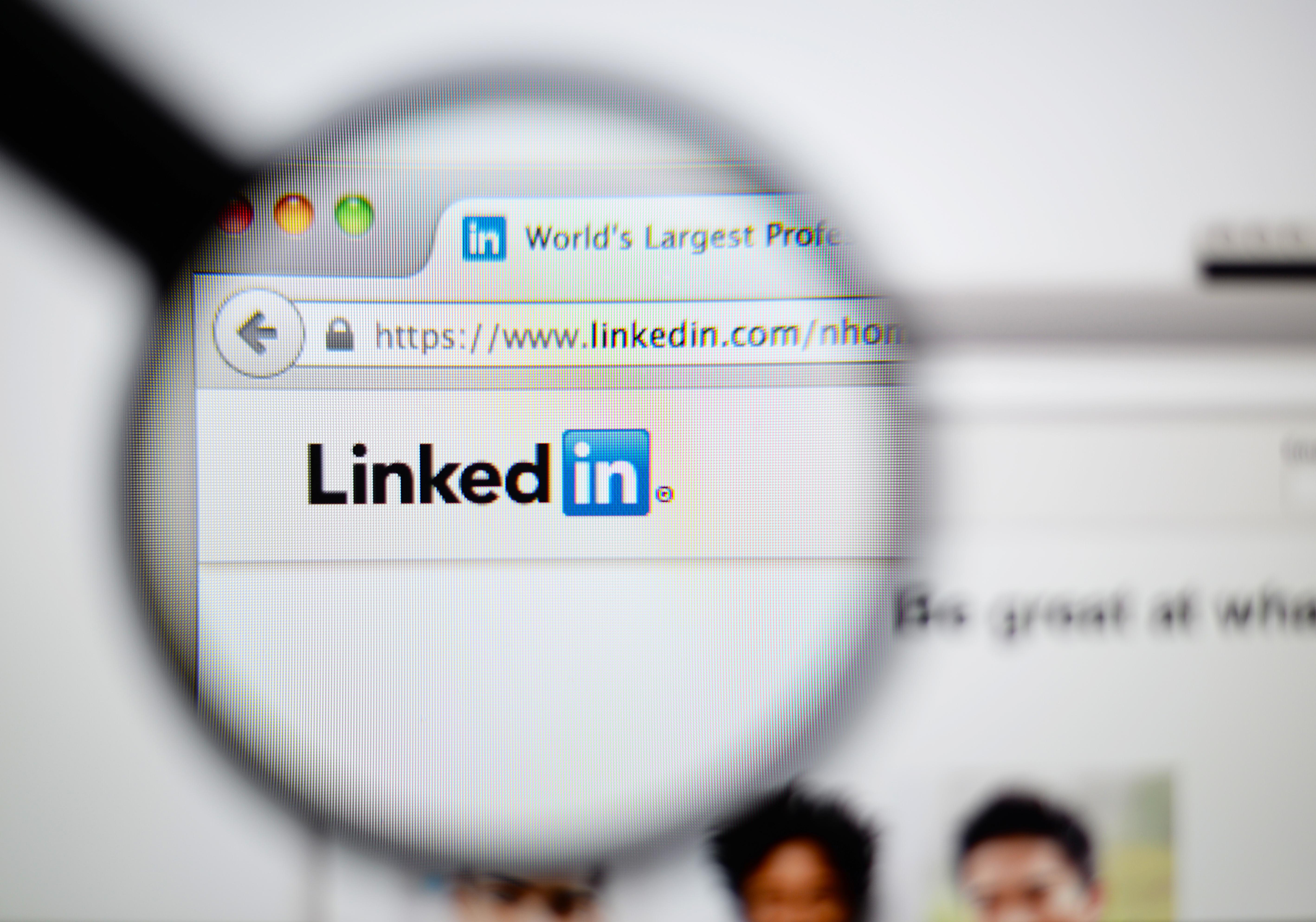 Pourquoi les commerciaux doivent absolument animer leur profil Linkedin?